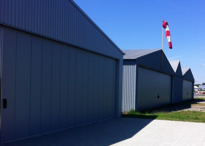 nowy-hangar